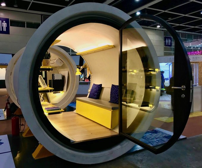 Được gọi là OPod, ngôi nhà nằm gọn trong chiếc ống cống này chỉ có diện tích 9,2 mét vuông.